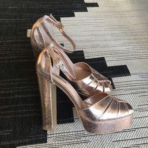 TOPSHOP Platform Peekaboo Sandals